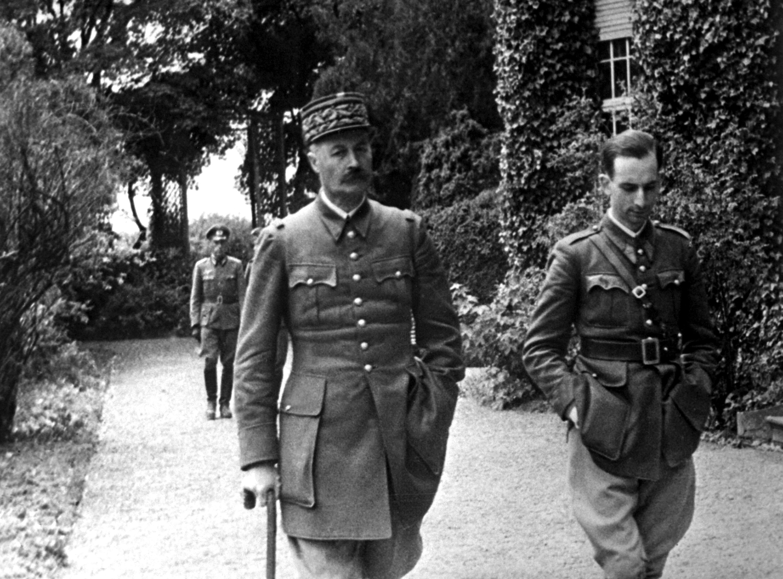 WAR & CONFLICT BOOK ERA:  WORLD WAR II/PRIONERS